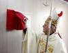 El arzobispo de Valladolid consagra la capilla del nuevo Centro Hospitalario Benito Menni