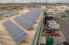 Placas solares y periodistas en apuros